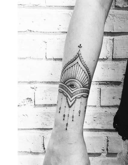 Tatouage Tour De Bras Femme Indien Tattoo Art
