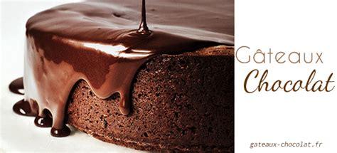 recette facile du gla 231 age au chocolat avec le fondant blanc