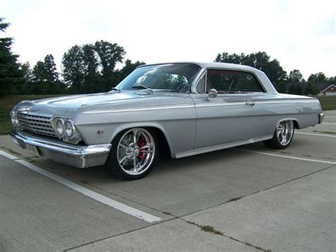 1962 Impala Ss 409 4 Speed Coupe Silver Red