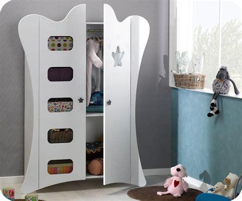 armoire encastrable pour chambre armoire pour chambre de quoi avezvous besoin dans la