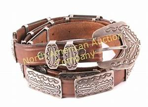 Navajo Signed Sterling Silver Concho Belt