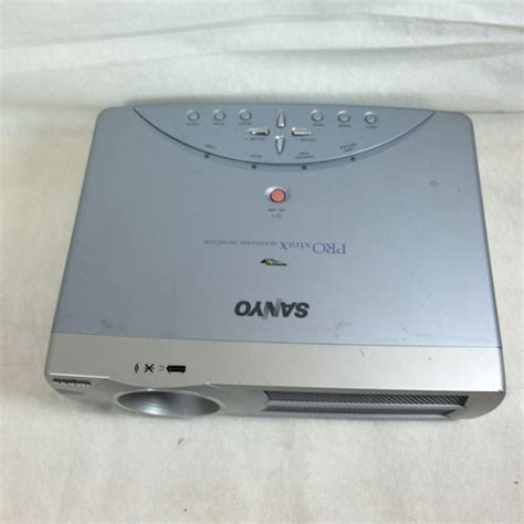sanyo pro xtrax multiverse projector plc xu45 sold as is