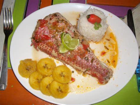 la cuisine antillaise court bouillon de poisson cuisine salée