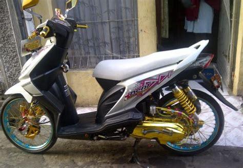 Variasi Beat Putih Injeksi by Beragam Tips Sepeda Motor Terhangat Maret 2013