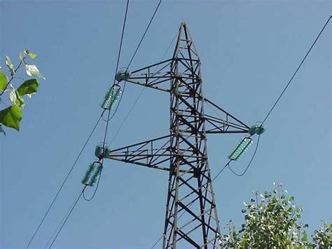 tralicci alta tensione onde elettromagnetiche gli impianti elettrici