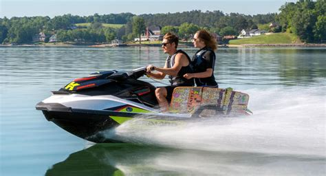 2014 Sea-doo Wake 155 Review