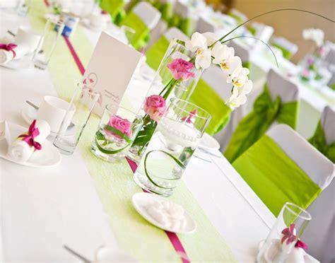 Blumen Hochzeit Dekorationsideenhochzeit Blumen Deko by Blumen Tischdeko Eine Frische Idee Deko Feiern