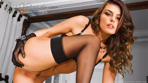 atriz brasileira isis valverde pelada nua mostrando tudo