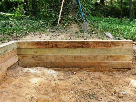 building  timber retaining wall  tos diy