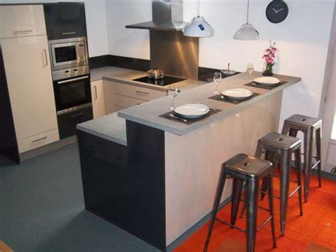 meuble de bar cuisine voici la plus des cuisines en expo tabourets de bar