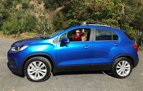 The only people who think the holden trax is a good idea are the same people who feel a decent hobby is ocean kayaking. Holden Trax: Make Trax in town and county - Road tests ...