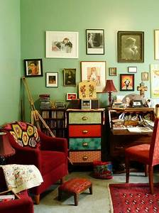 A Happy Compromise Between Clean and Cluttered Eclectic