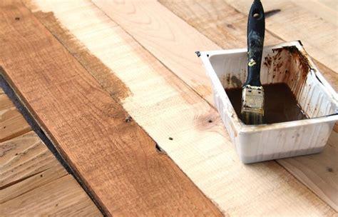 Hometalk   DIY Stenciled Pallet Wood Floor / Doormat