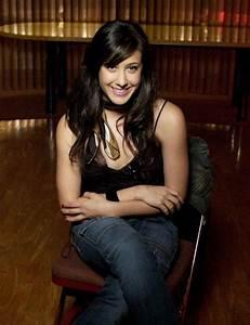 Vanessa Carlton has Soothing Vocals! - Barnorama