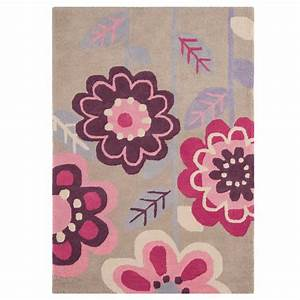 126 tapis pour chambre fille chambre taupe et beige With chambre bébé design avec tapis des fleurs avis