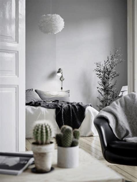tips  create  perfect monochromatic room