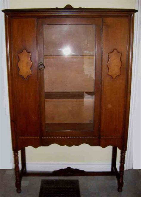 antique china cabinets 91 best images about china cabinets on