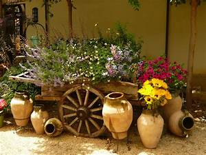 Inspiring garden accents 2 home and garden decor for Garden decor accents