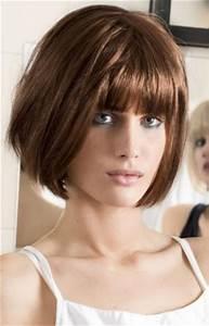 Coupe Cheveux Avec Frange : coiffure carre degrade avec frange tendances 2019 ~ Nature-et-papiers.com Idées de Décoration
