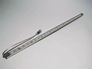 Led Lichtleiste Bewegungsmelder 230v : lichtleiste 30 led smd 51cm in ip65 warmwei ~ Markanthonyermac.com Haus und Dekorationen