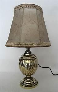 Lampe De Chevet Cuivre : anciennes lampes de chevet en bronze cuivre et laiton toulbroc ~ Teatrodelosmanantiales.com Idées de Décoration
