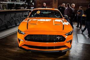 2020 Ford Mustang EcoBoost High Performance rocks a Focus RS heart in NY - Roadshow