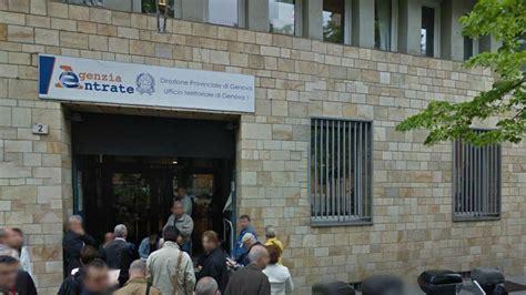 ufficio delle entrate genova impiegato morto agenzia entrate carignano