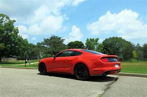 2015 Ford Mustang EcoBoost Premium – Real-World Fuel Economy | Automobile Magazine