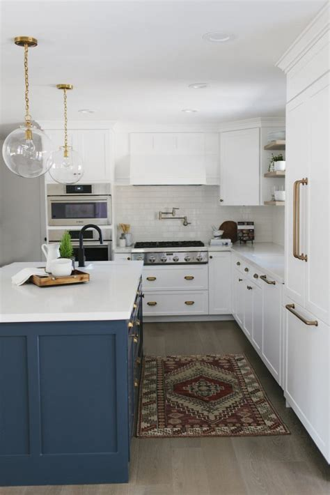 grey kitchen island 15 gorgeous white kitchens with coloured islands the