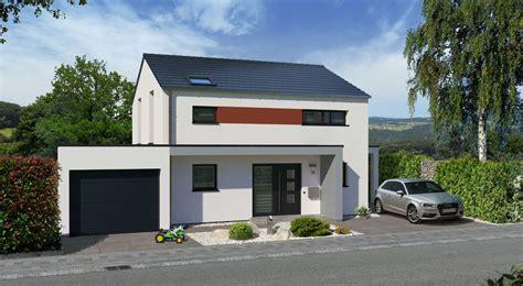 Häuser Mit Satteldach Und Garage by Einfamilienhaus Bauen Mit Streif