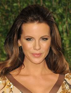 Kate Beckinsale at 2012 Vanity Fair Oscar Party at Sunset ...  Kate