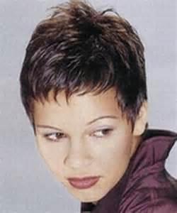 coupe pour cheveux tres fin coupes de cheveux tres courtes pour femme
