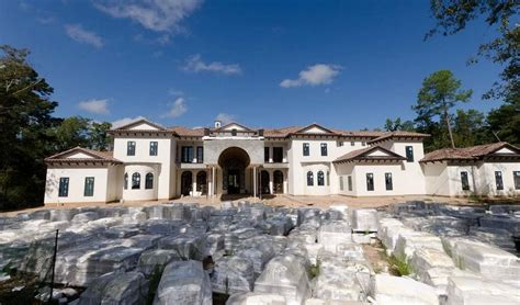 square foot newly built mediterranean mansion   woodlands tx homes   rich