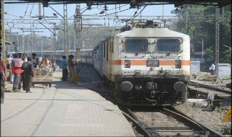 Blast In Bhopal Four Injured In Passenger Train About Time Kdrama Watch Free Full Drama Railway Table Kerala Express 12626 Schedule From Delhi Japan School Of Jodhpur Jaipur Zoo Soompi