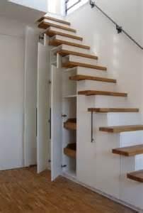 dachboden treppen 1000 ideen zu schrank unter der treppe auf stauraum unter der treppe