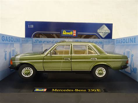revell scale 1 18 mercedes 230e type w123 colour green catawiki