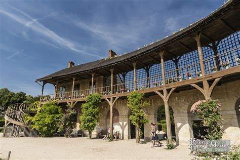 la maison du billard maison du billard et la galerie d 233 couverte reliant la maison de la reine boreally