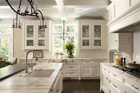 What Is A Transitional Kitchen?