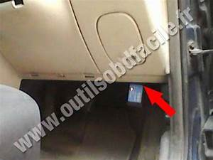 OBD2 connector location in Chrysler PT Cruiser (2000