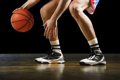 5 basketball dribbling drills to improve your ball ...