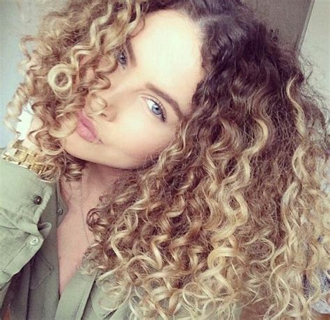 25 Best Ideas About Ombre Curly Hair On Pinterest