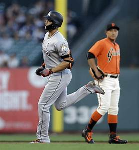 Another clunker for Giants as Moore struggles again - SFGate