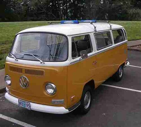 Find Used 1971 Volkswagen Deluxe Bus Sierra Yellow, Vw