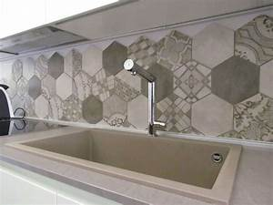 Cementine esagonali in cucina (Foto 3/28) Design Mag
