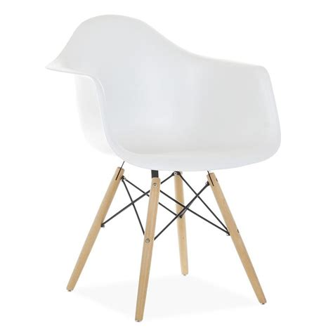 chaise eames fibre de verre 1000 ideas about chaise eiffel on chaise