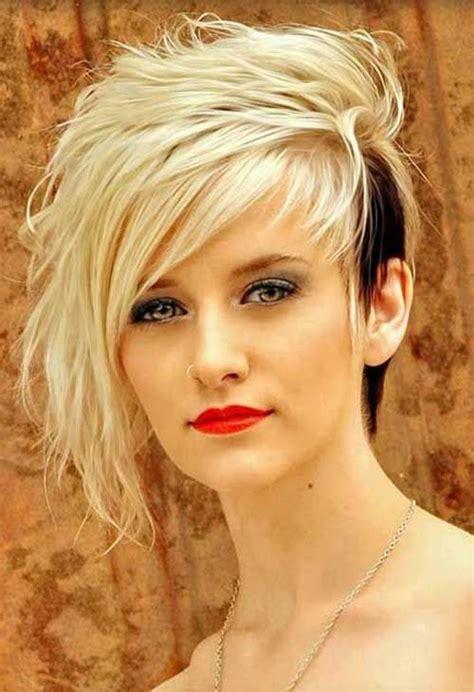 short asymmetrical hair chevelure
