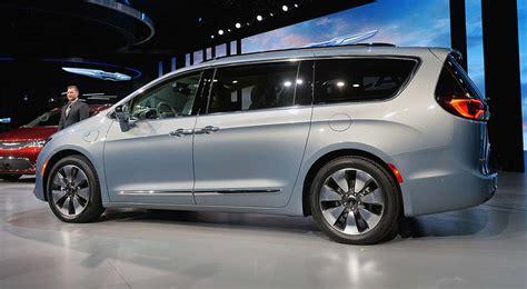 Chrysler Pacifica, nuevo híbrido enchufable
