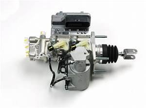 2010 Toyota Prius Brake Master Cylinder  Brake Booster