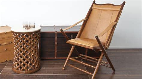 canapé cuir marron vintage chaise pliante bois design et qualité westwing