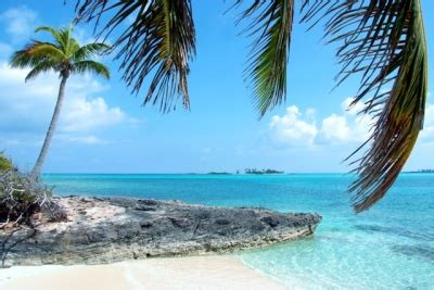 Beautiful Ocean Views Of Nearby Cays And Harbor in Green